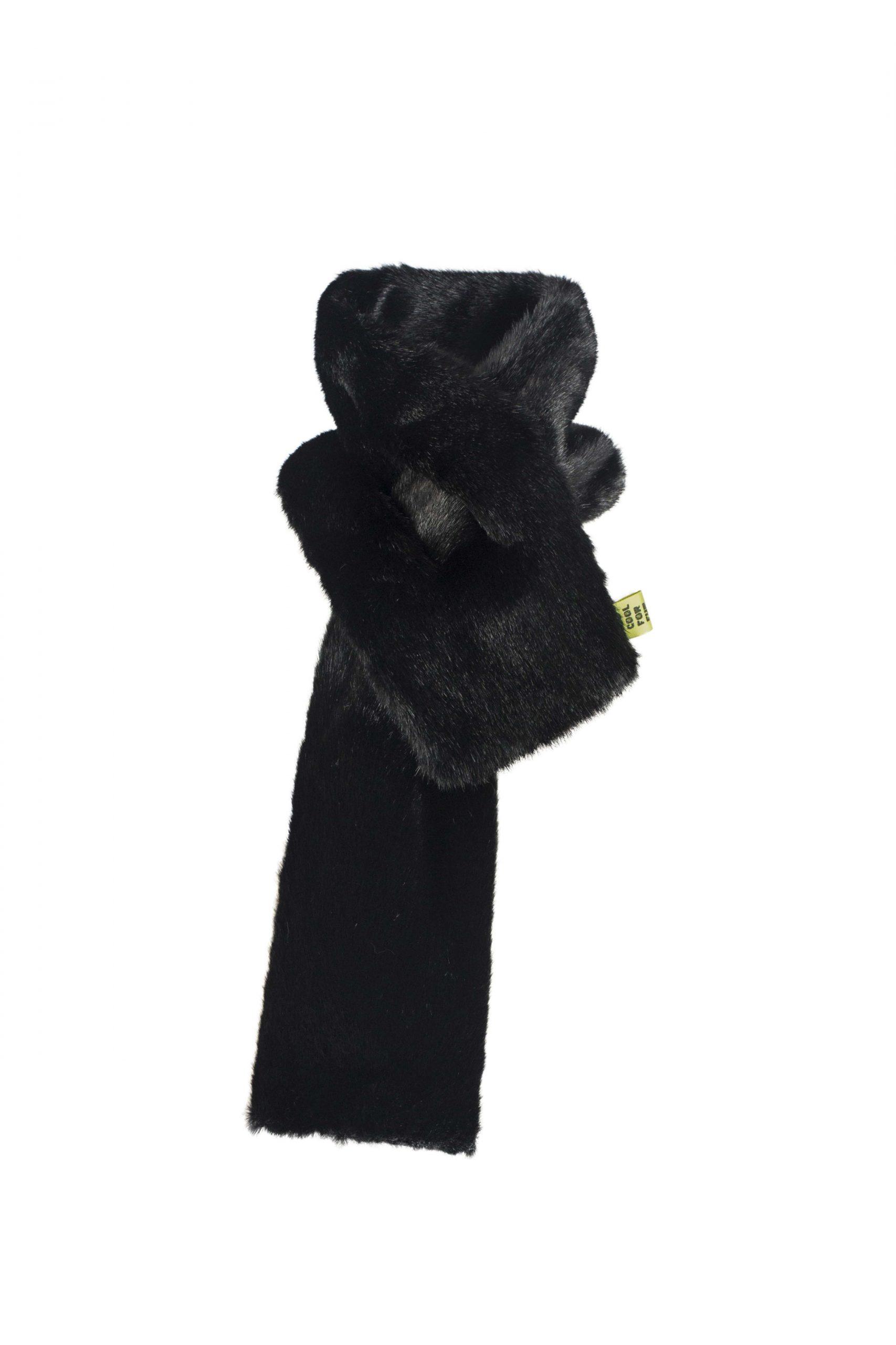 SCARF BLACK - Too Cool For Fur - Modalova